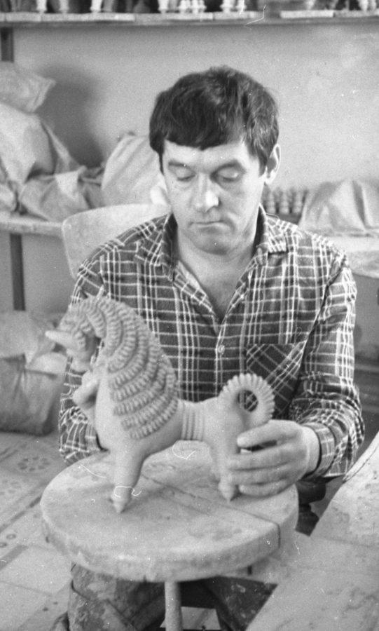 Виставка творів кераміки В'ячеслава Білика (Опішне) з нагоди 80-річчя від дня народження